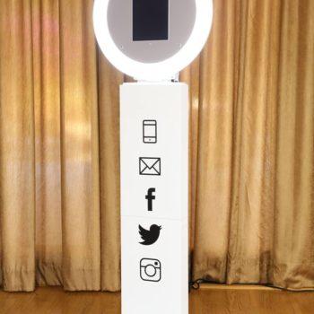 Selfie+Booth